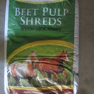 Beet Pulp Shreds with Molassses