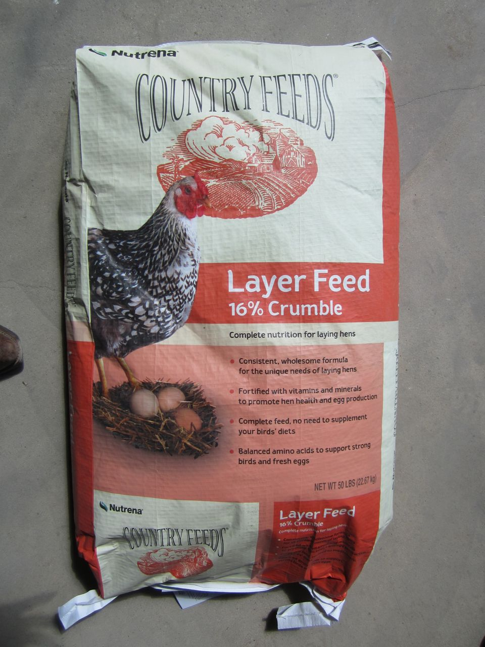 Country Feeds Layer 16 Crumble Chicken Feed J Amp B Feed