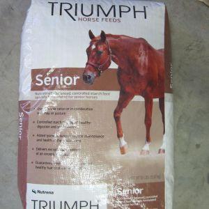 Nutrena Triumph Senior