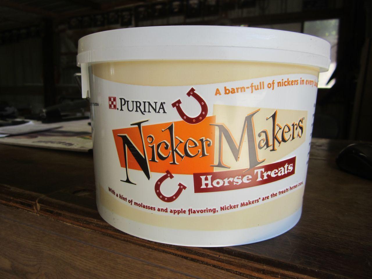 Purina Nickermakers Horse Treats J B Feed Hay